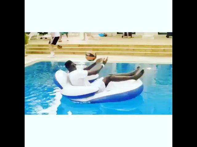 """Самые крутые видео 😱🏂 on Instagram: """"😱😱Просто красавцы💪🏻💪🏻 _ крутоевидео  _ Отмечаем друзей👇🏻👇🏻👇🏻"""""""