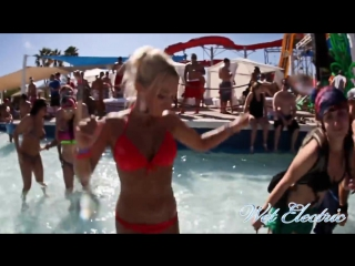 Wet Electric Phoenix OfficiaL Aftermovie 2012 [Dada Life, Arty, Chris Lake]