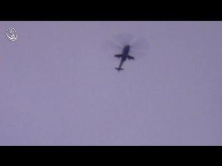 Сирия.Бомбовый удар вертолёта Ми-25 ВВС САР по укреплениям боевиков в городе Дарайа. .