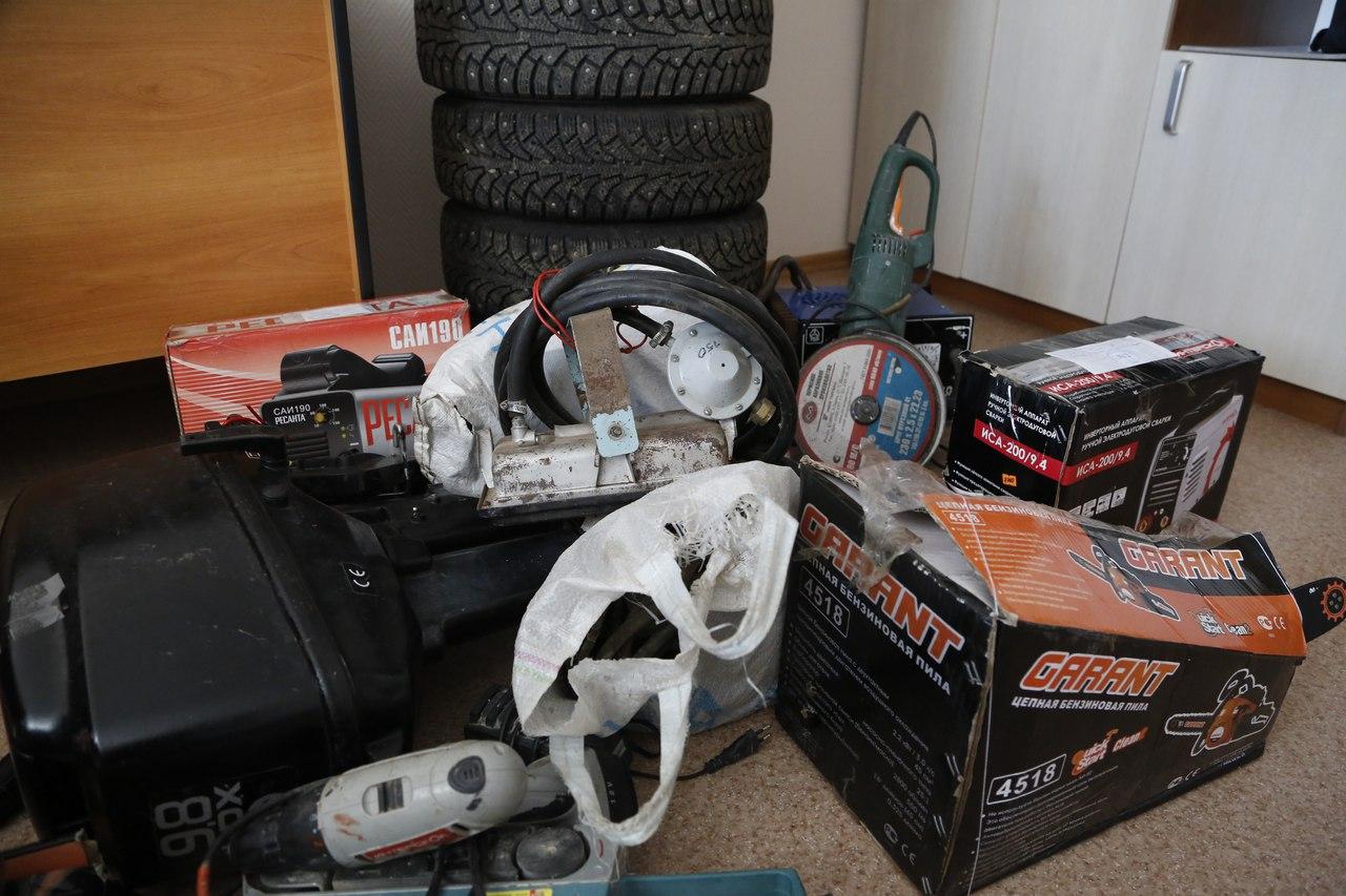 Полицейские задержали троих жителей Нижнекамска, на счету которых 19 «гаражных» краж