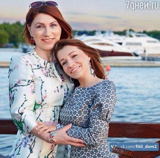 Огромные груди много фото, русский эротичное фото домашний
