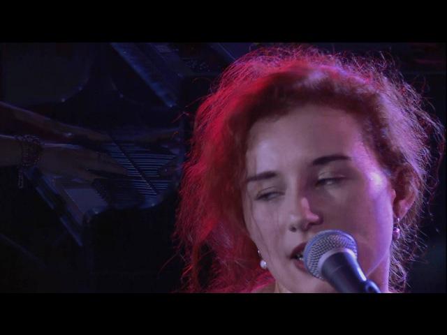 Tori Amos — Winter (Live At Montreux 1992)