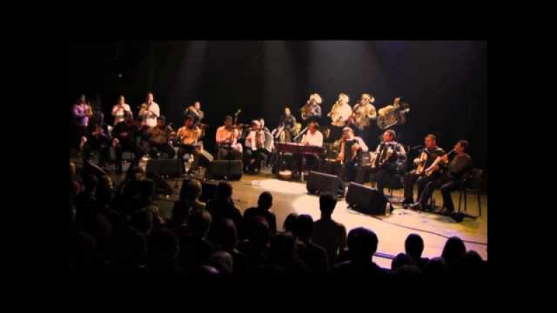 Taraf de Haidouks Kocani Orkestar = Band of Gypsies (official video)