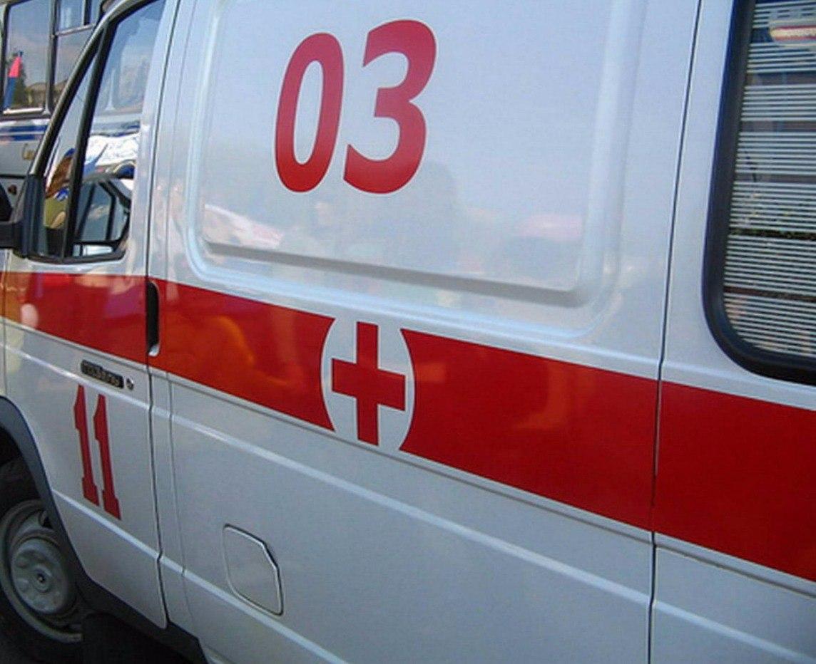 В центре Таганрога пожилой мужчина попал под трамвай