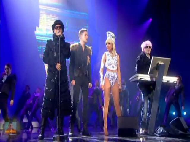 Pet Shop Boys ft Lady GaGa Brandon Flowers 2009 BRIT Awards Perfomance