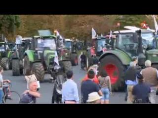 1000 тракторов идут на Париж: фермеры блокируют французскую столицу  Размер: 1.27 Mб Код для вставки в блог      В Париже бастую