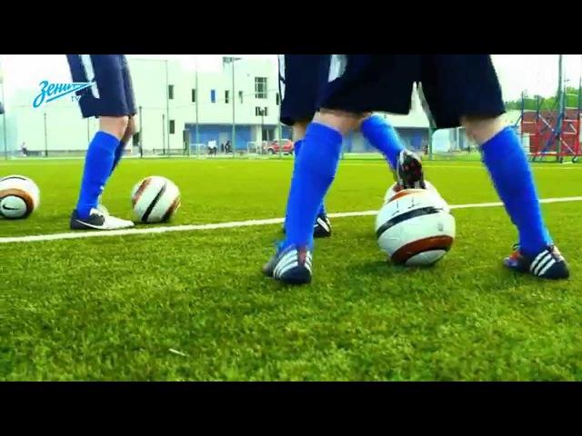 Академия футбола. Урок №7. Финт «Ножницы» frfltvbz aen,jkf. ehjr №7. abyn «yj;ybws»