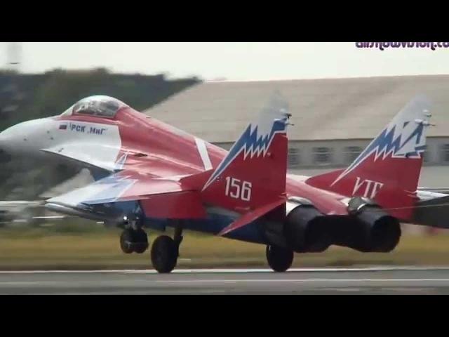 Истребитель МиГ 29ОВТ высший пилотаж