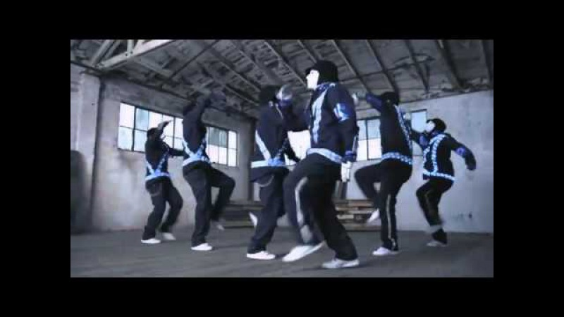 JabbaWockeeZ Dance Off with the 2011 Ford Explorer | Truck of the Year | V8 vs. V6