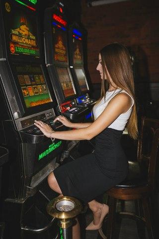 казино плаза вернисаж в контакте