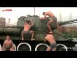 В Новороссийске кадеты станцевали тверк на легендарном танке Т-34 (2015)