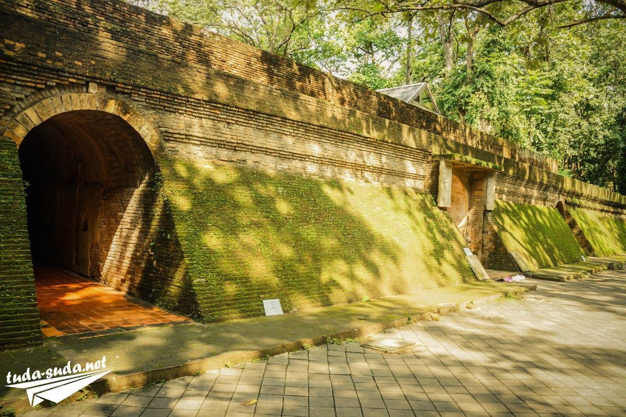Храм Ват Умонг