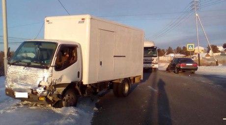 Водитель грузовика сбил девушку на «зебре»