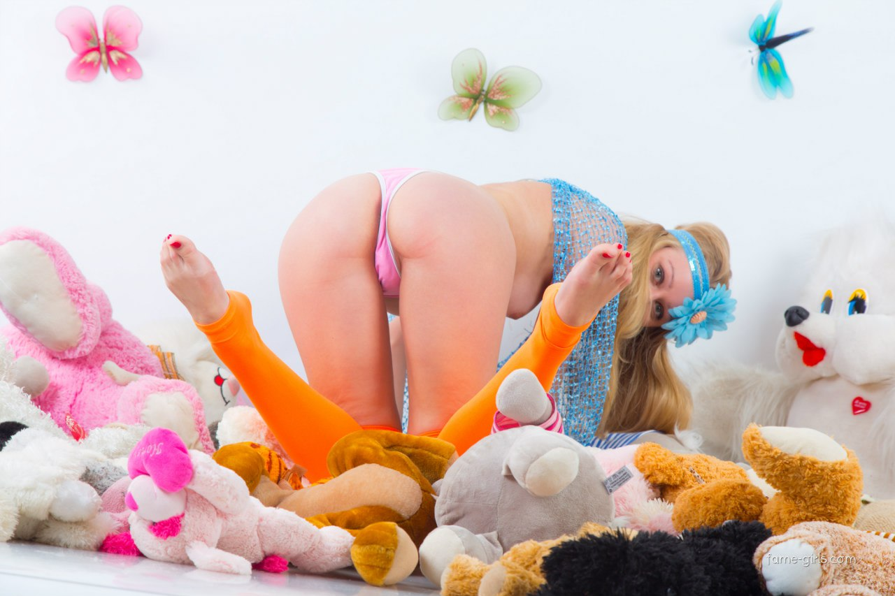 Секс с первокласницей 9 фотография