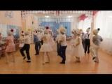 Знает каждый снеговик... Забавный современный танец для новогоднего утренника. [Low, 360p]
