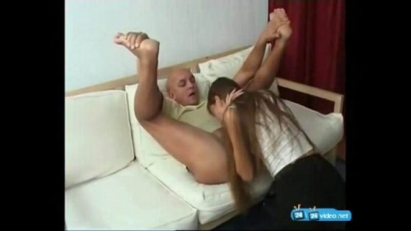 Инцест. Отец трахнул пьяную дочь (ЖЕСТКОЕ ПОРНО, ДОМАШНЕЕ,