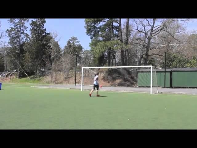 Трюки девушки с футбольным мячом стали хитом в Интернете nh.rb ltdeirb c aen,jkmysv vzxjv cnfkb [bnjv d bynthytnt