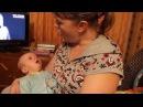 Трёхмесячный малыш поёт Жили у бабуси!