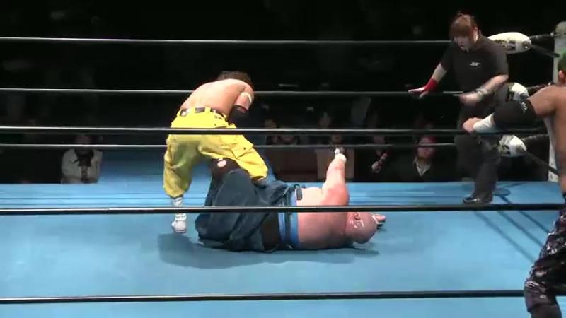 4.Abdullah Kobayashi Masashi Takeda vs. Yankee Two Kenju (Isami Kodaka Yuko Miyamoto)