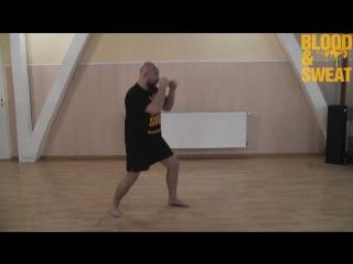 Бокс. Отработка движения в челноке