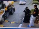 Женщина, прибила охранника :-D