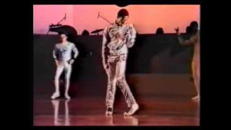 Mr. Wave - The King (T La Rock - Louie Lou)