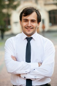 Андрей Суварян