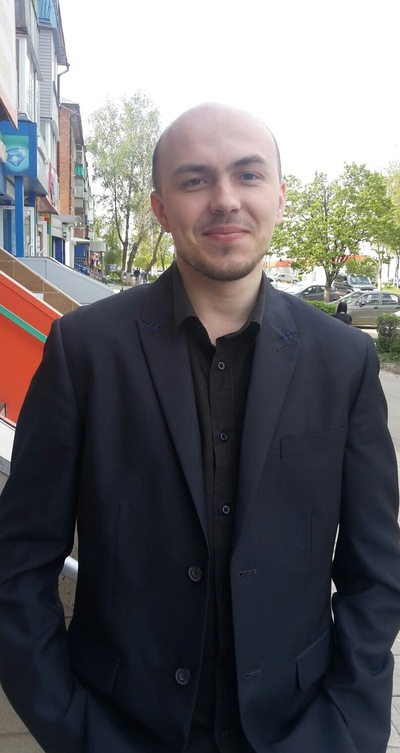 Максим Аносов