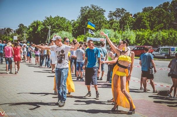 Фото. І етап Національних змагань з автомобільного слалому «Мирна країна – єдина Україна» м. Черкаси 7.06