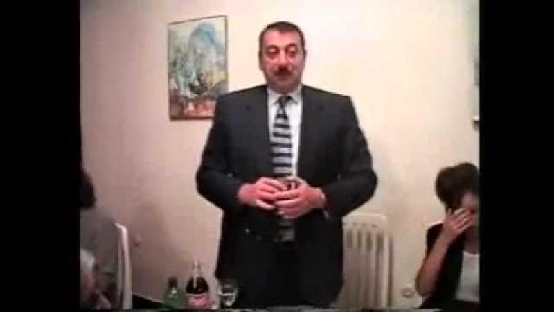 ILham Eliyev icgi icir Ehmed Nejad namaz qilir I