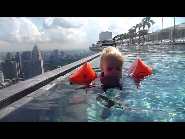 Бассейн на 57 этаже в отеле Марина Бэй Сэндс в Сингапуре