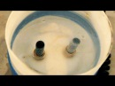 Разложение воды на газы кислород и водород путём электролиза в самодельной гальванической ванне