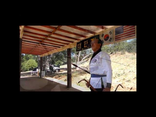 Kukgung - Korean Horn Bow(Gak Gung) Shooting Demonstration by Heon Ku Kim