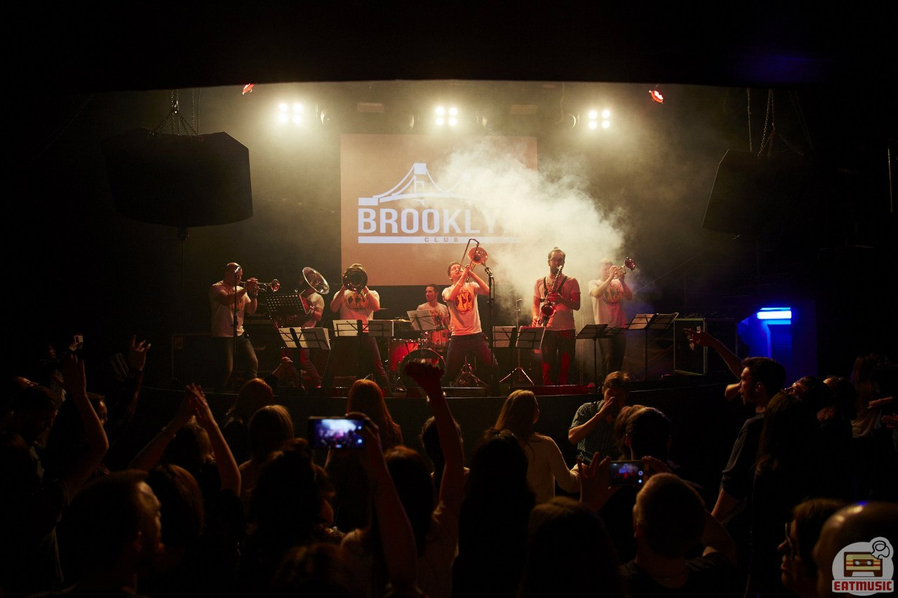 Концерт Brevis Brass Band в клубе Brooklyn