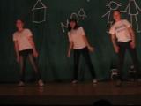 танец под песню  3OH!3 – Starstrukk feat. Katty Perry
