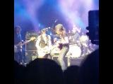 Lauren Quinlan on Instagram @jamesbaymusic just jammin with Ronnie Wood last night!!