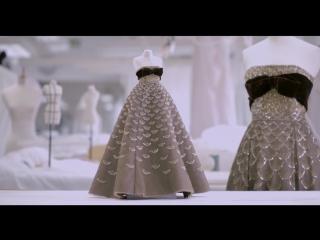 Le Théâtre Dior Dubai - Savoir Faire of the Mexique Dress
