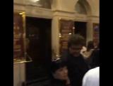 Том Хиддлстон и Элизабет Олсен на театральной постановке «Человек-слон» в Королевском театре «Хеймаркет» в Лондоне 23 июля 2015