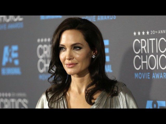 Анджелина Джоли: Как красота спасает мир