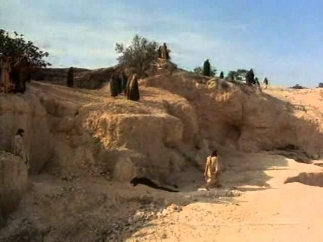 Воскрешение Лазаря. отрывок из к/ф Иисус из Назарета (1977)