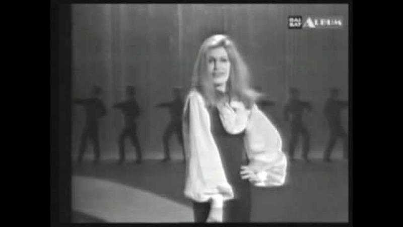 Dalida. Flamenco.