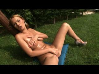 Antonya ALSAngels.com 2011 1