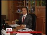 Спвак ван Пилипець змнив сцену на чиновницький кабнет