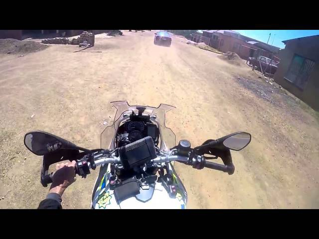 SAPS(South African Police Service) Motorbike chase and shooting - HD