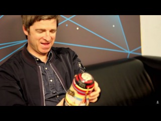 Noel Gallagher and his Russian dolls by Yury Gromov
