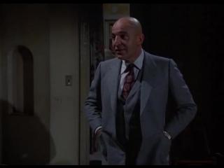 Kojak 1x14 Muere antes de que despierten