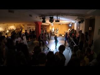 Bright Color Vogue Ball / Femme Battle Anna Rapture vs Tasha Preciuos