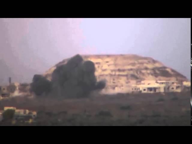 Сирия. Кадры авиаудара по объекту террористов в провинции Хама