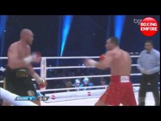 Тайсон Фьюри отгоняет муху в бою с Кличко