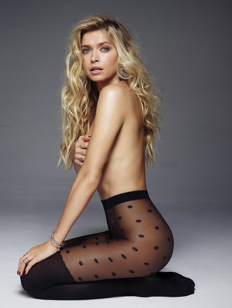 Фото российских актрис в колготках 5 фотография